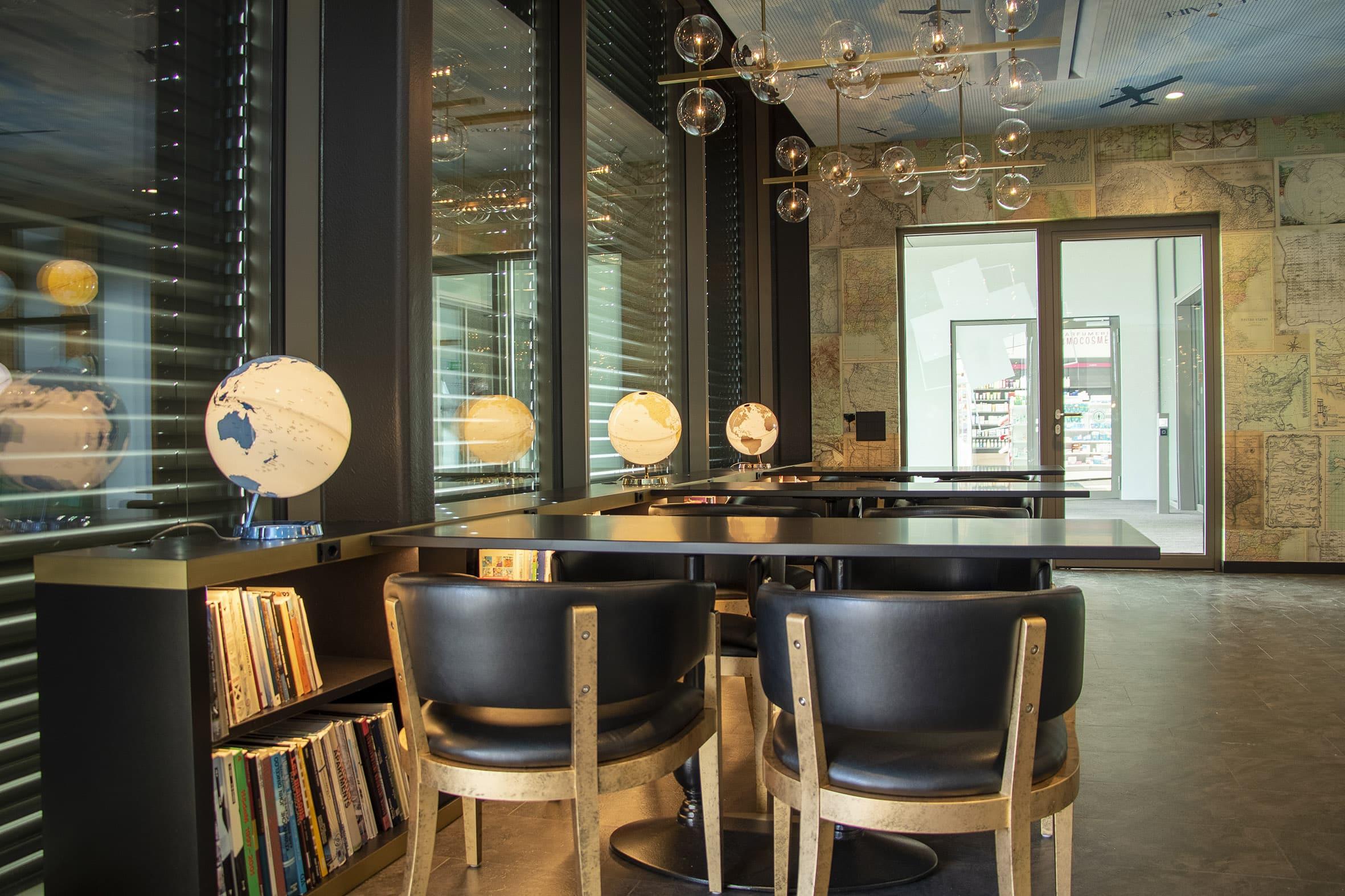 LunaRibes-Restaurant-LeGlobe4